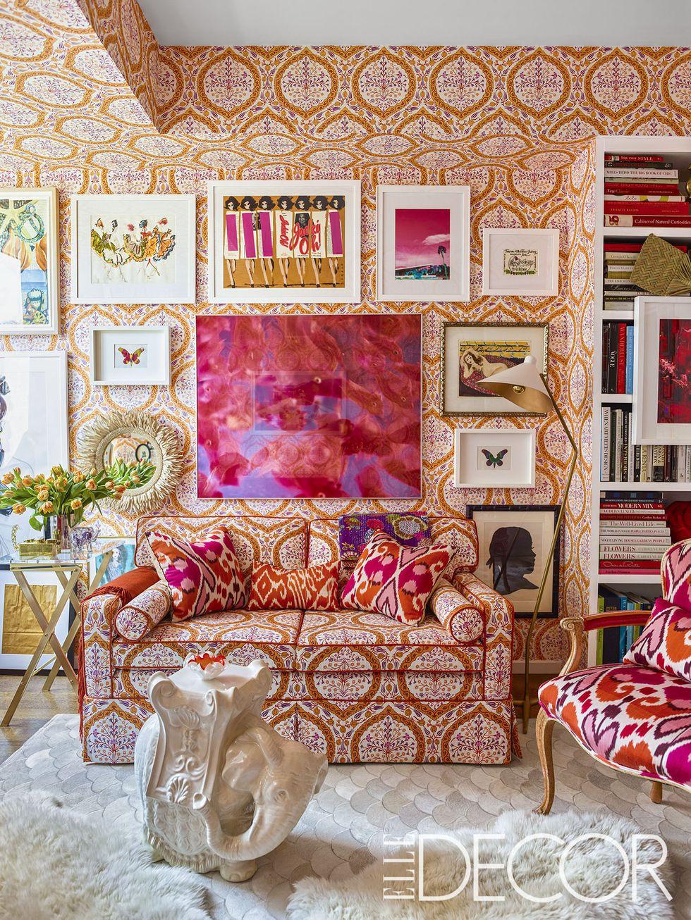 Wallpaper and fabric is by Elizabeth Hamilton, image via Elle Decor, Photo by Eric Piasecki