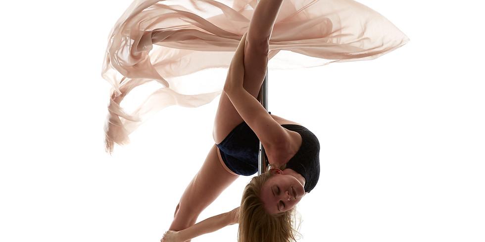 Body Plasticity (Stretching) mit Olga Spezia
