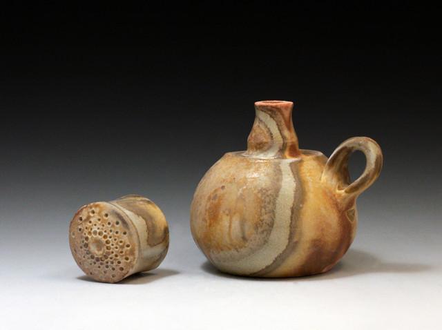 Small Bottle (39d)