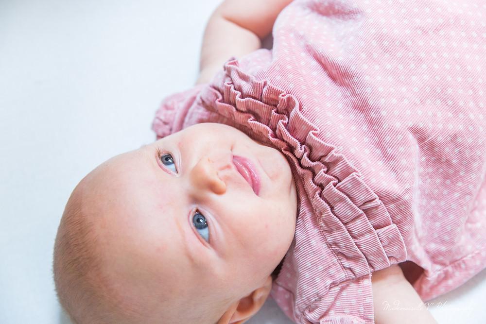 Photographe naissance enfant jura doubs