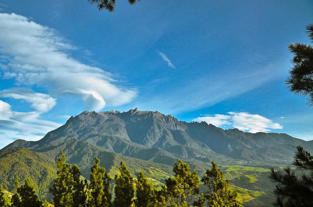 Mount Kinabalu - Kundasang View 006.jpg