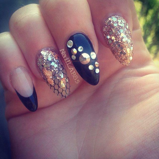 #nailporn #nailpromagazine #nail #nailart #nailswag #nailpromote #notpolish #acrylicnails #swannail