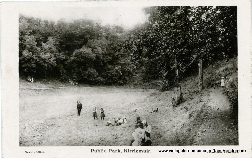 Public Park, Kirriemuir (1915)