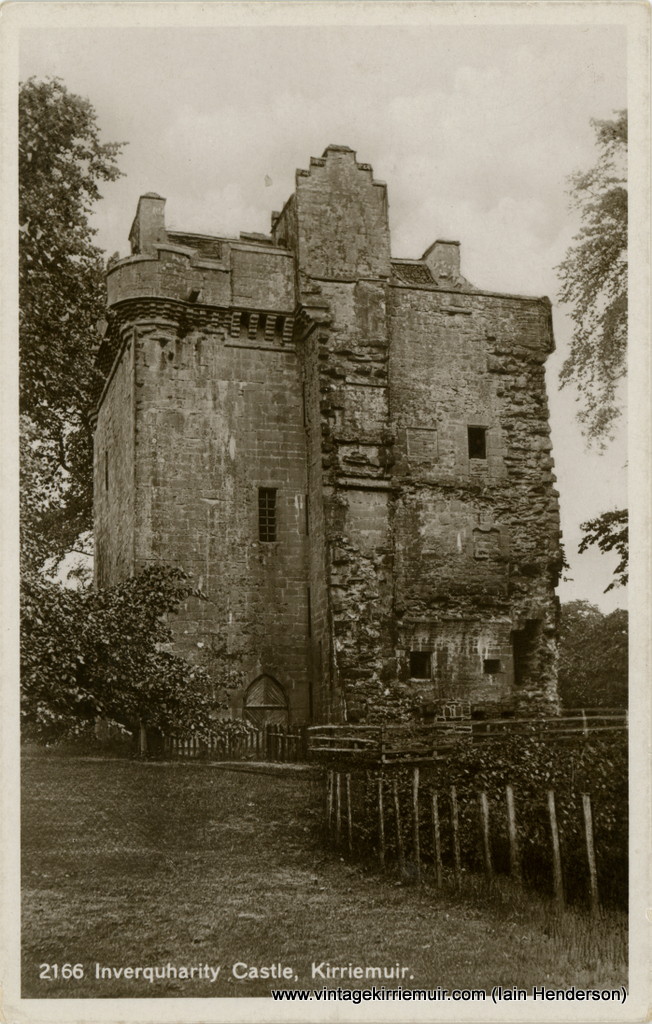Inverquharity Castle, Kirriemuir