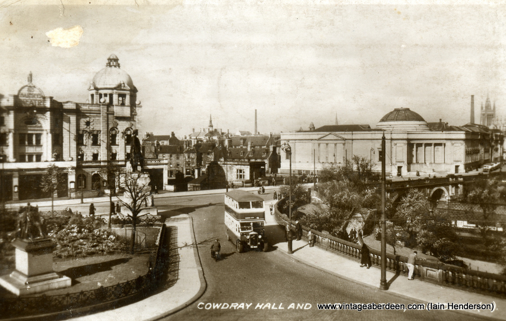 Cowdray Hall and War Memorial (1941)