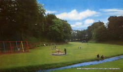 Playpark at the waterfall end of Den