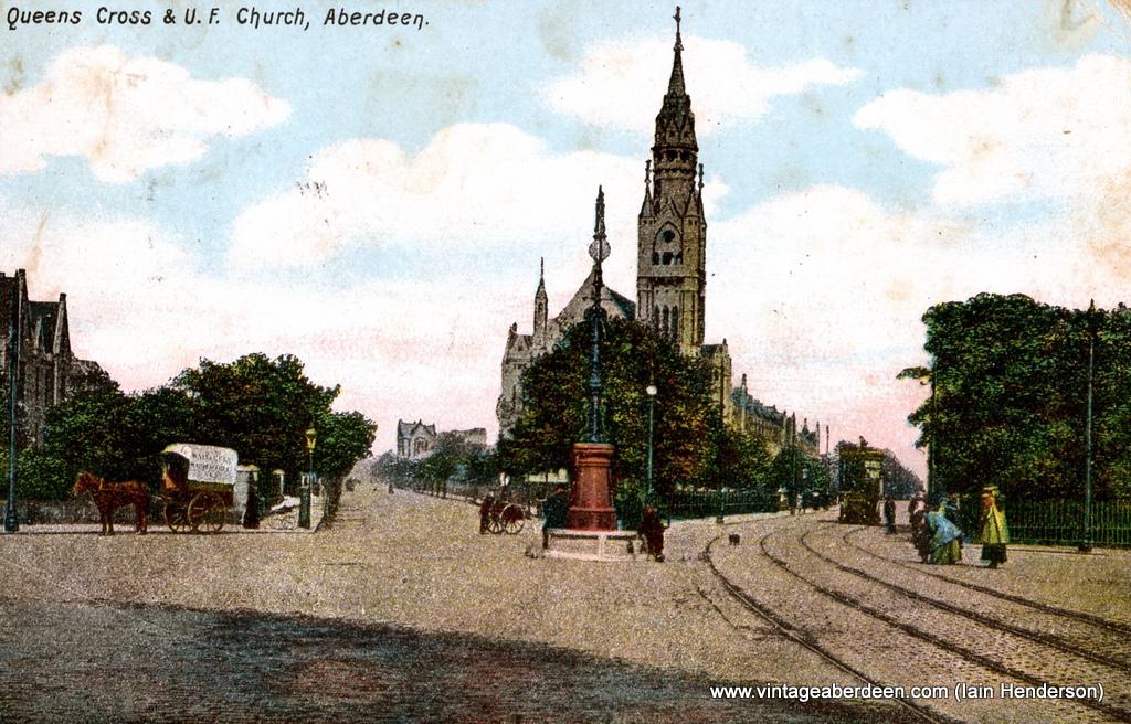 Queen's Cross & U.F. Church (1905)