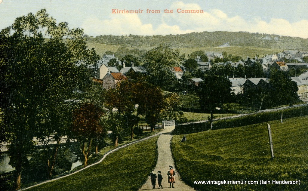 Kirriemuir from the Common
