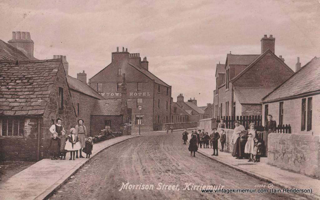 Morrison Street, Kirriemuir (1917)