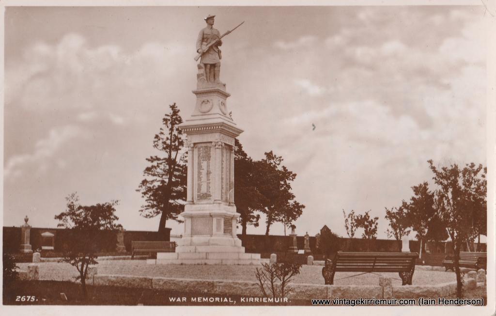 War Memorial, Kirriemuir (1954)
