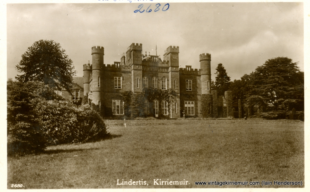Lindertis, Kirriemuir