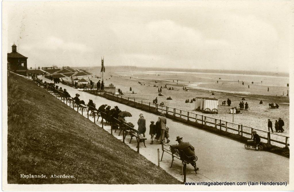Esplanade, Aberdeen Beach