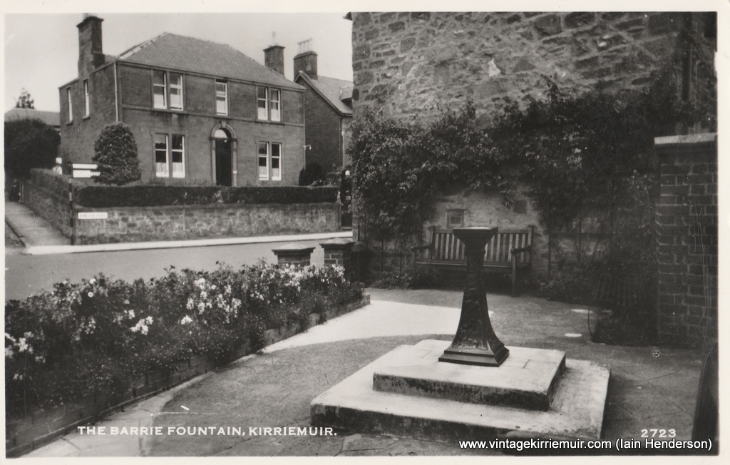 The Barrie Fountain, Kirriemuir