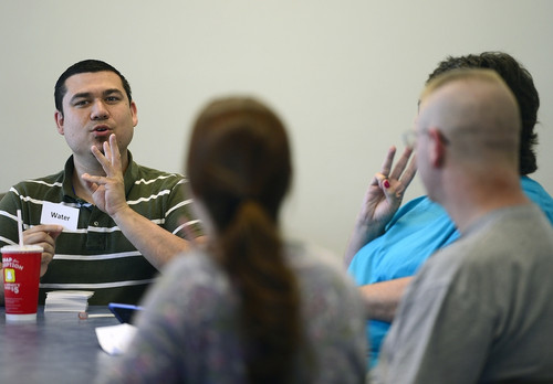 Sign language classes bridge the Deaf and hearing worlds