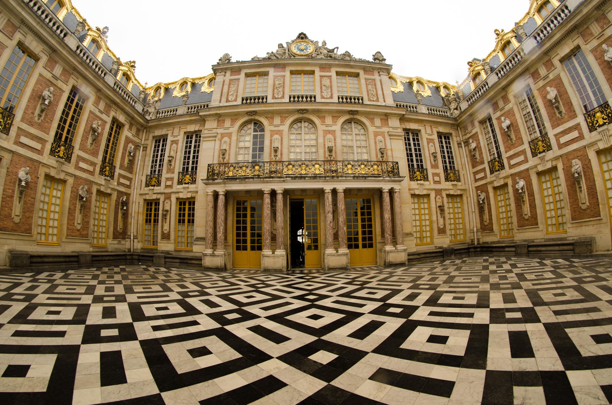 2015-07-28 - Jamritha Honeymoon - Palace of Versailles - 085