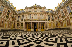 2015-07-28 - Jamritha Honeymoon - Palace of Versailles - 085