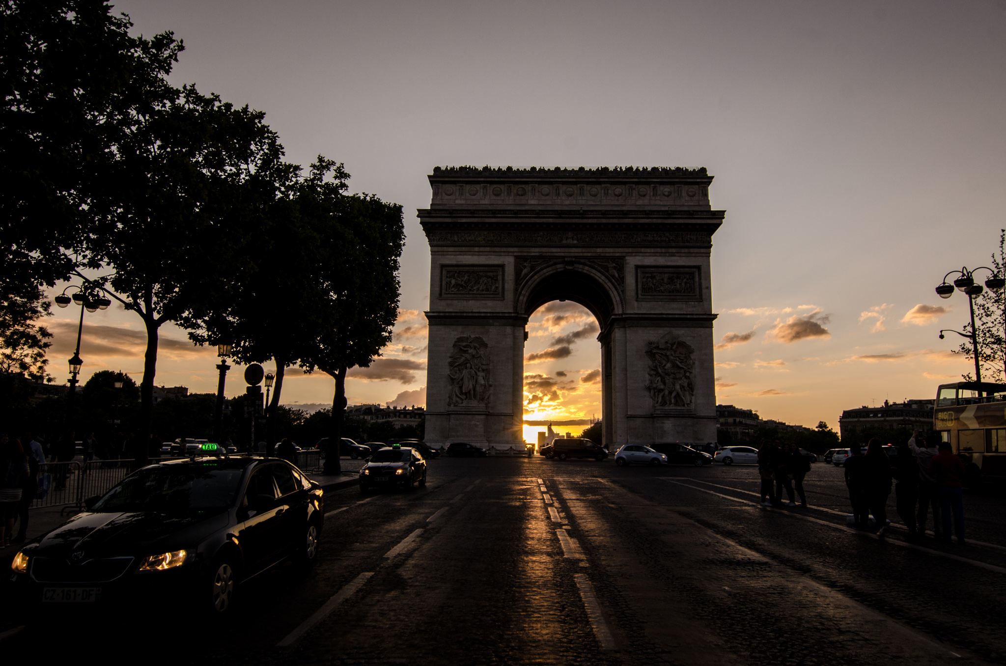2015-07-29 - Jamritha Honeymoon - 004 - Arc de Triomphe - 002