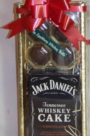 WHISKEY CAKE & WHISKEY BALLS GIFT BOX
