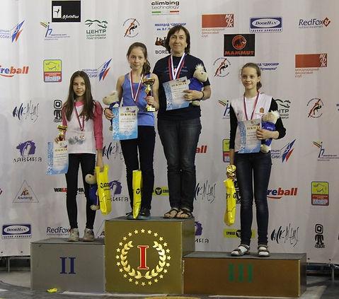 Победитель первенства России по скалолазанию 2014 г. Кессель София и её тренер Баздырева Анна Андреевна.