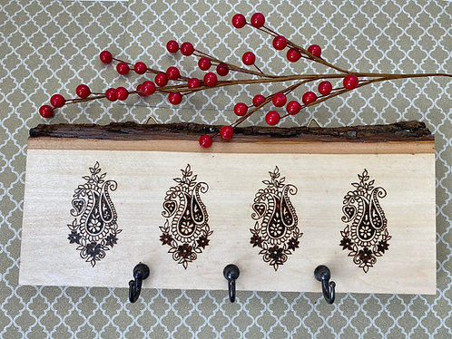 Wood key holder with beautiful motif design done by burning