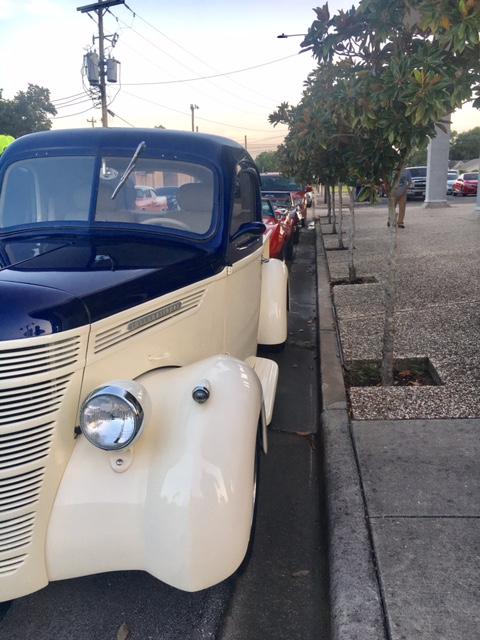 Texas Avenue Cruise Cars