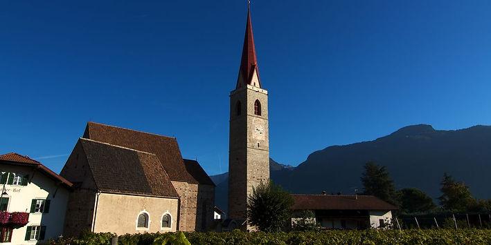 chiesa-parrocchiale-di-santa-maria-assunta---lana--merano-e-dintorni-alto-adige.jpeg