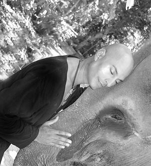 Gregory-Landsman-with-elephant.jpg