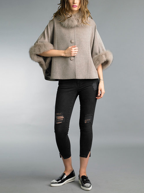 Buttoned cashmere/wool blend cape with fox fur