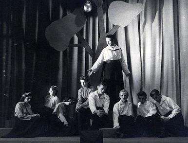 1-1946 TR.jpg