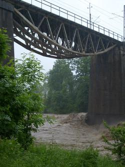 Obecny most kolejowy