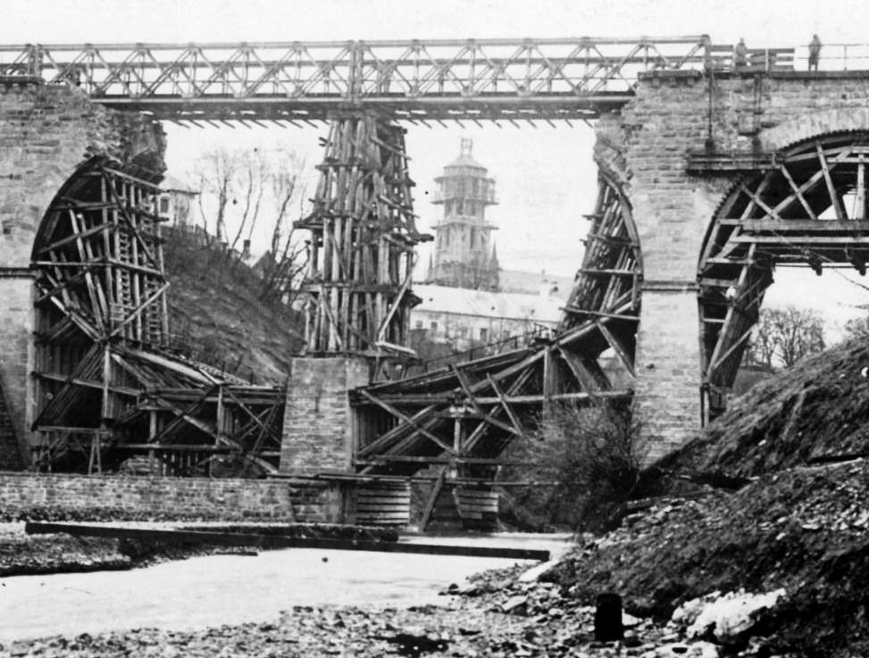 Most kolejowy w czasie I wojny