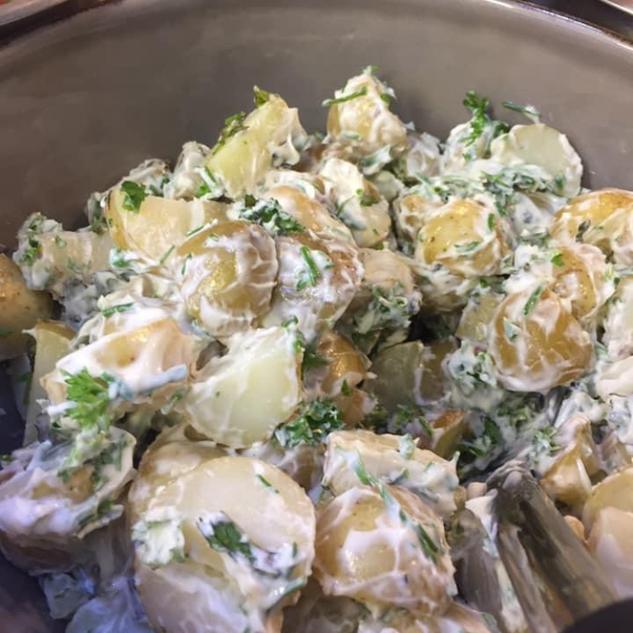 Fresh & Tangy Potatoe  Salad