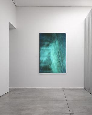 whitecube_bluework.jpg