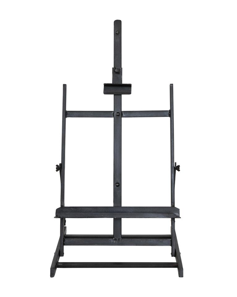 Raw-steel-stand