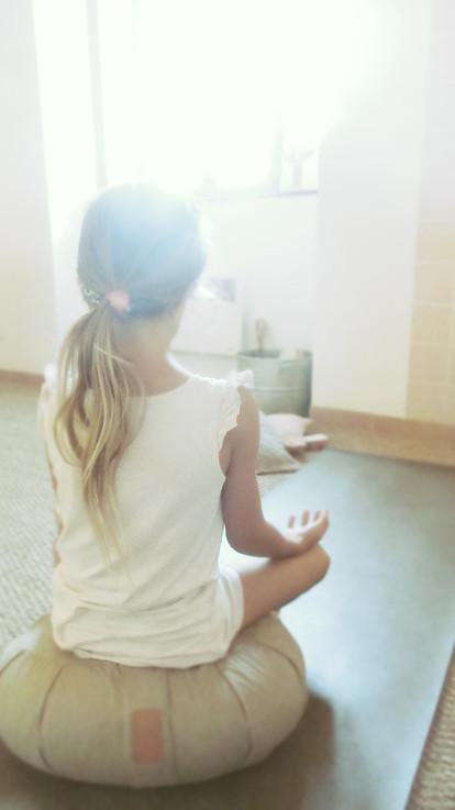 méditation et enfant