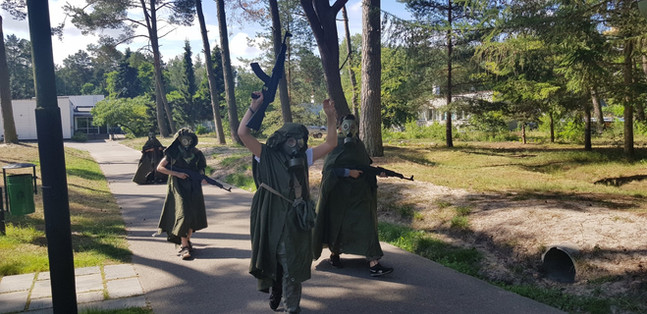 Obóz Green Devils