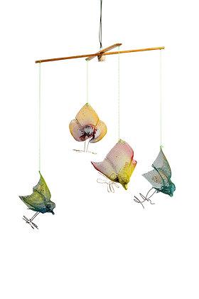 טבע, חופש ציפורים מרחפות  עשויות מרשת מתכת מובייל ציפורים