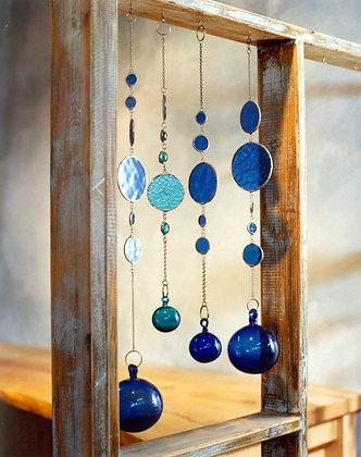מובייל עיגולי זכוכית במגוון צבעים