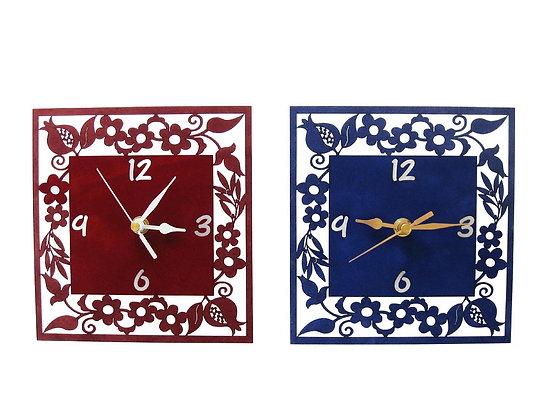 שעון דקורטיבי מרובע