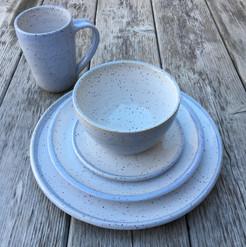pottery-dinnerware-placesetting-blue.JPG