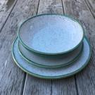 dinnerware-pottery-placesetting-teal.JPG