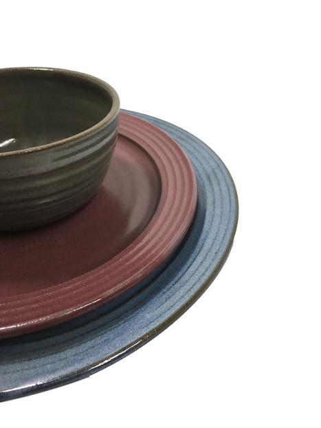 dinnerware-placesetting-pottery-plate-bo
