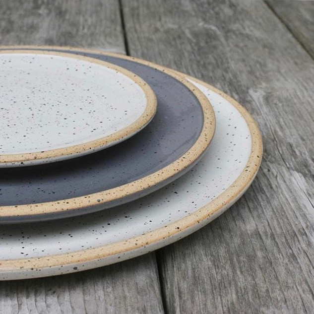 plates grey and white.jpg
