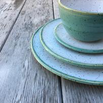 dinnerware-pottery-plate-bowl.JPG