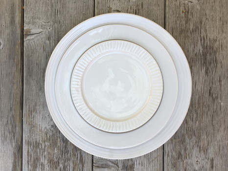 dishes-dinnerware-plates-plate.JPG