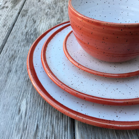 pottery-dinnerware-dishes-red.JPG