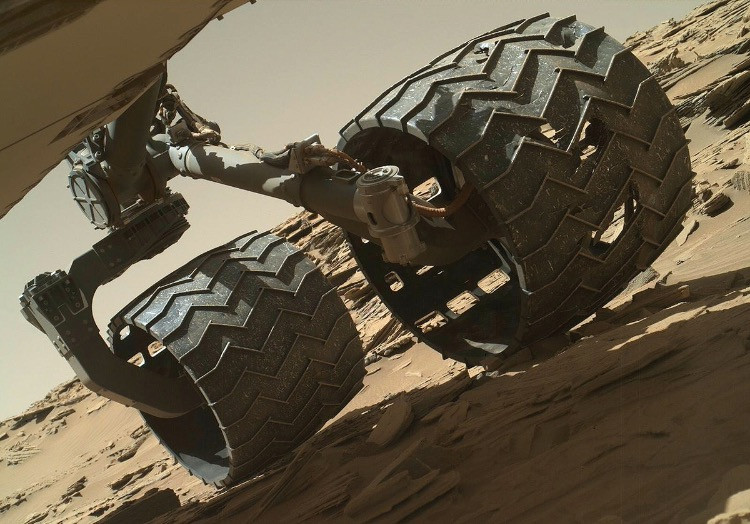 Dettaglio ruote Curiosity