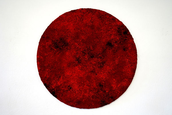 Louise Van Reeth, Red, pigments, charcoa