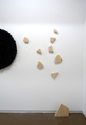 Rock bondage, mural installation, sunny yellow marble from Egypt, variable sizes, 2019.