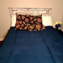 2nd bedroom bed.jpg